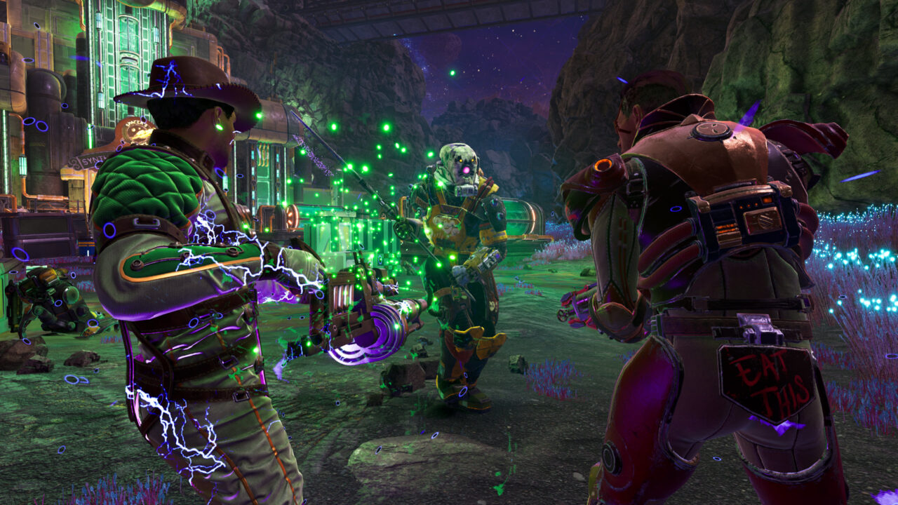 The Outer Worlds Peril on Gorgon screenshot of a space cowboy and man in armored plating pointing sci-fi weaponry at a humanoid enemy wielding a metal staff